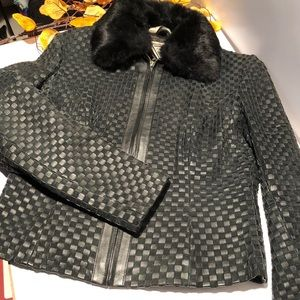 Genuine leather jacket with removable fur collar